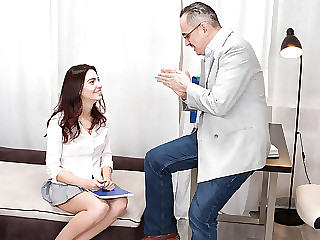 Tricky old teacher shows Esenia how a pussy is supposed to be licked